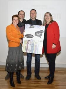 Verleihung-Menschenrechtspreis-2014-Bettellobby_Foto-Daniel-Weber-03-764x1024